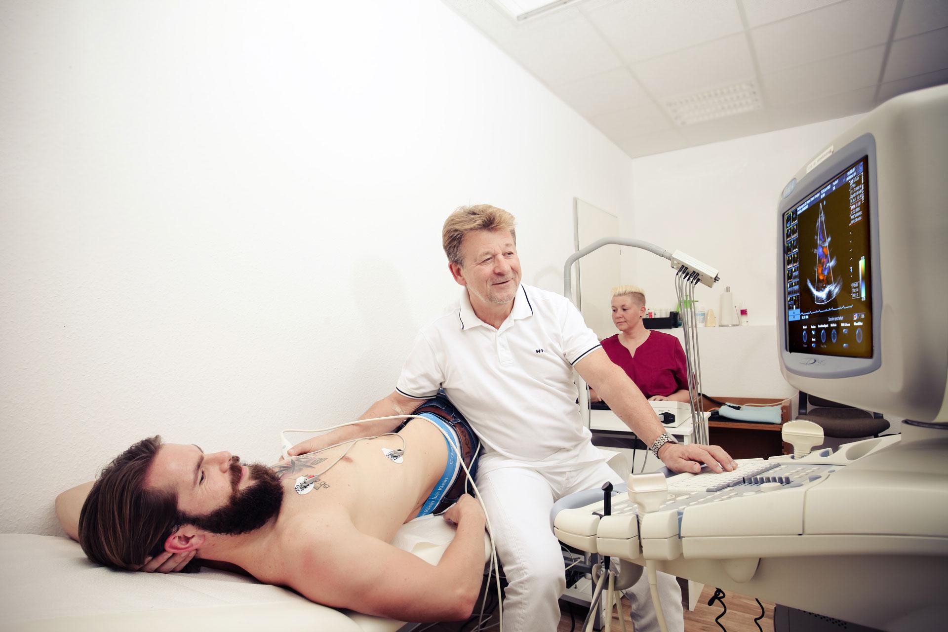 Kardiologie, Angiologie, Untersuchung